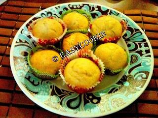 Lemon Surprise Muffins