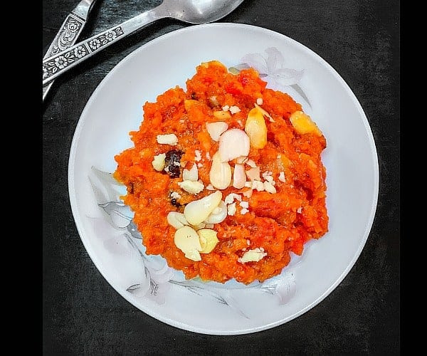 Gajar ka Halwa - Indian Carrot Pudding - Pressure Cooker Method