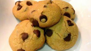 Quick Chili - Chocolate Chip Cookies