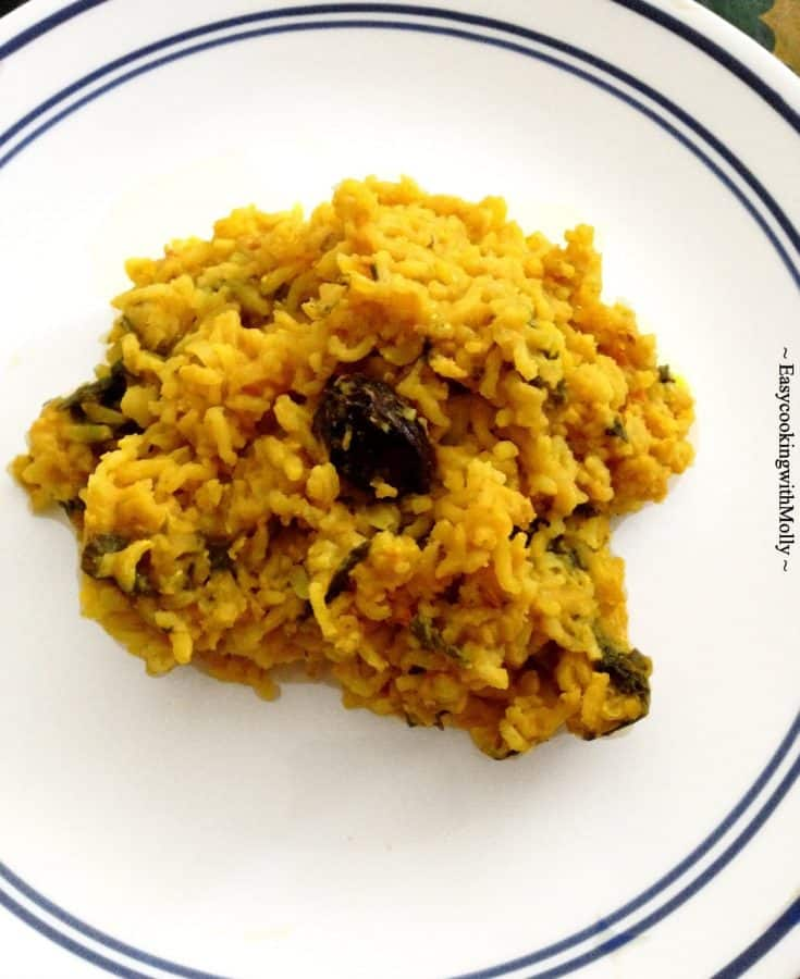 Bengali Khichuri Recipe (One Pot Lentil-Rice Dish)