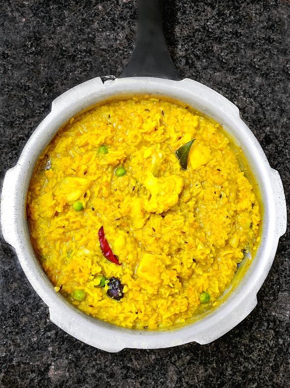 Bengali Moong Dal Khichdi