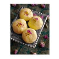 Bengali Kacha Golla - Light Indian Sweet (using Ricotta)