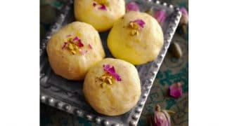 Bengali Kacha Golla - Light Indian Sweet (using Ricotta)