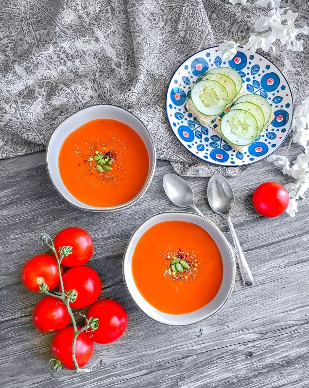 Detox Slimming Red Pepper Tomato Soup