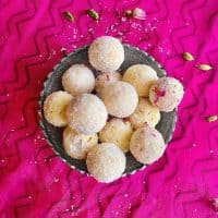 Instant Coconut Ladoo