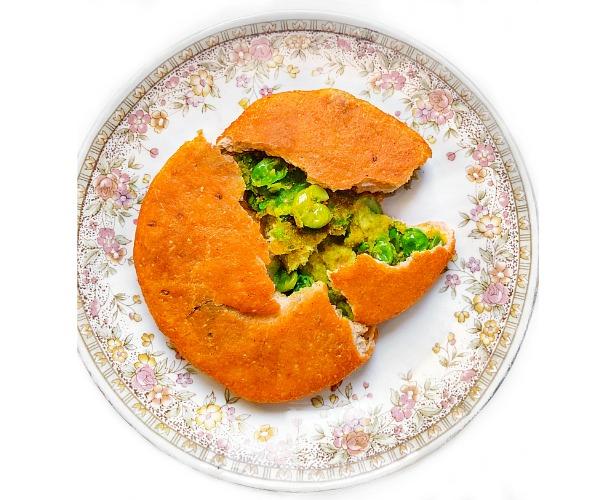 Matar ki Kachori (Green Peas Stuffed Indian Puff) Baked, Fried & Air Fryer