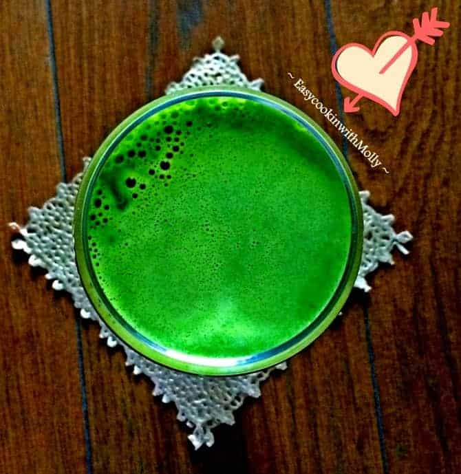 Green Drink with nuts and seeds