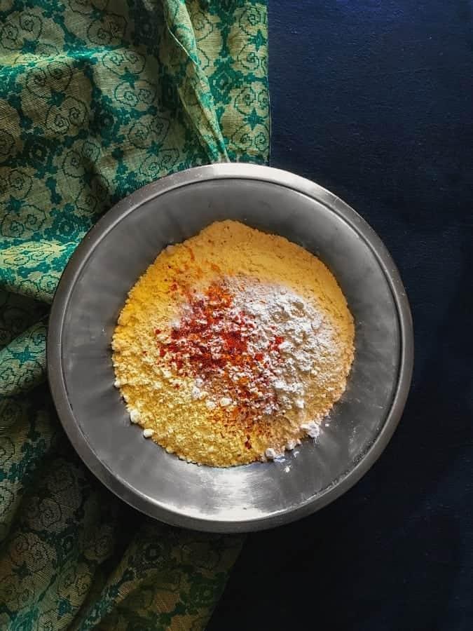 makki-ki-roti-ingredients