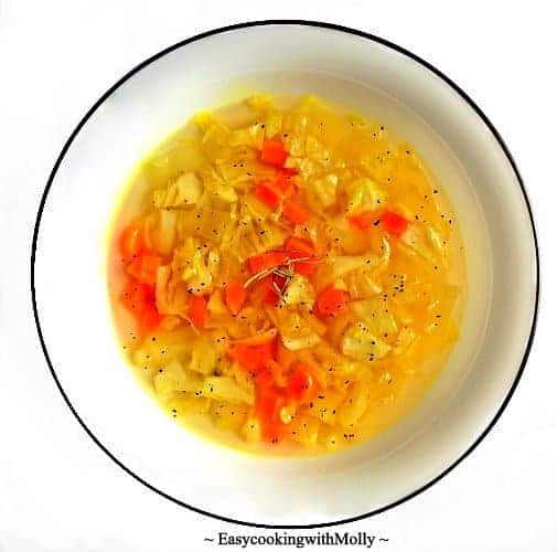 Cabbage Soup with Turmeric and Ginger