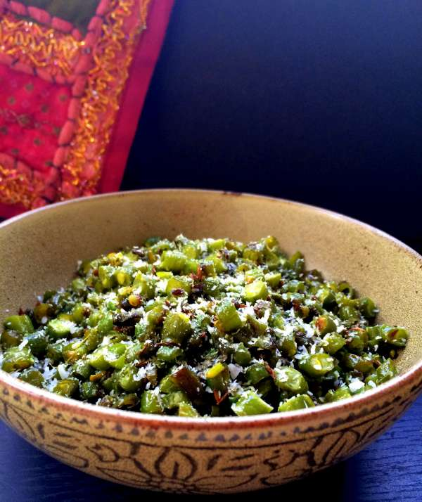 Sauteed-Green-Beans-with-Coconut-2