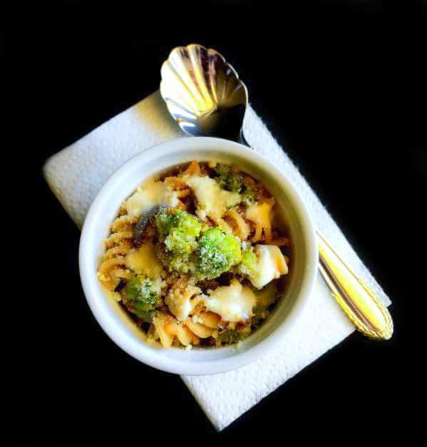broccoli-eggplant-pasta-in-white-wine-sauce