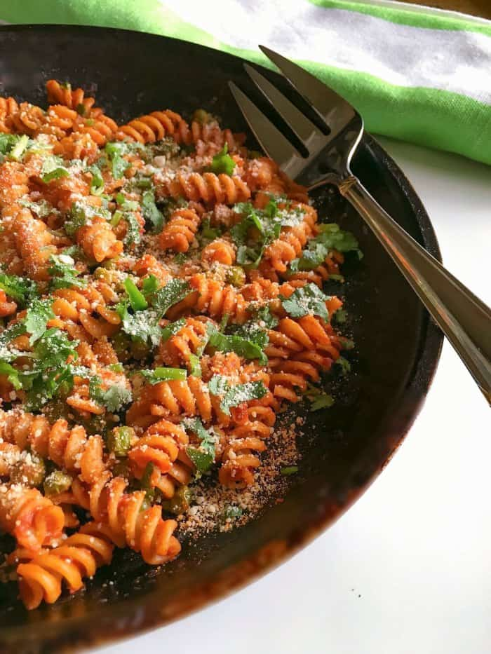 Quick Tomato Peas Pasta Recipe