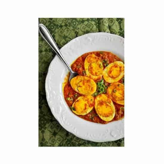 dimer malai curry