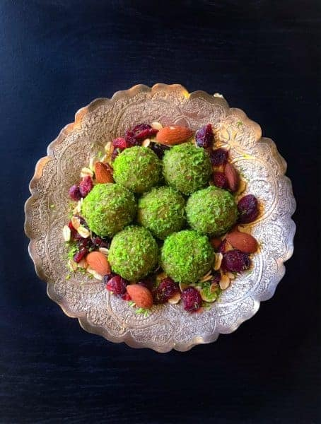 Matcha-Oats-Bliss-Balls-5 Mins Recipe