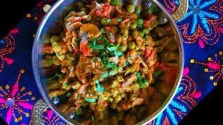 15 Minutes Mushroom Matar Masala - Stir Fry