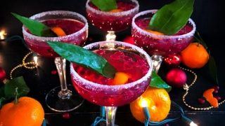 Pomegranate New Year's Punch (with Rum and Vodka) #newyear #drink