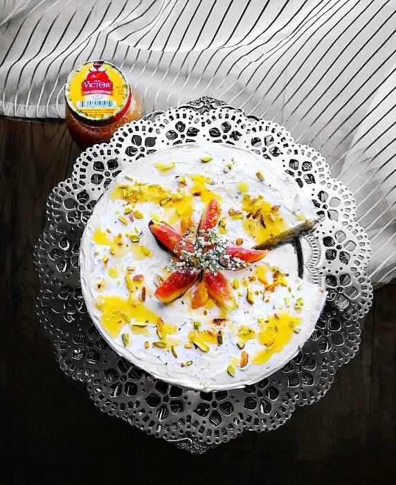Quick Fig Honey Cake