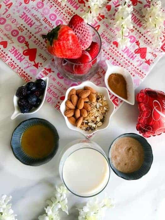 Almond-Strawberry-Smoothie-Ingredients