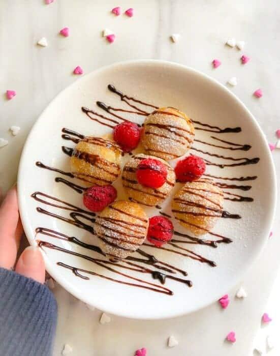 valentines-breakfast-mini-dutch-pancakes-poffertjes