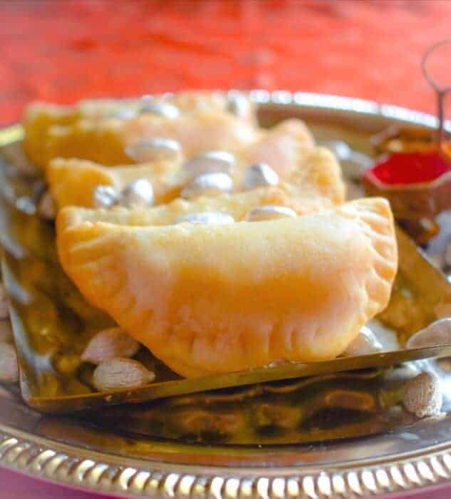 easy-gujiya-recipe