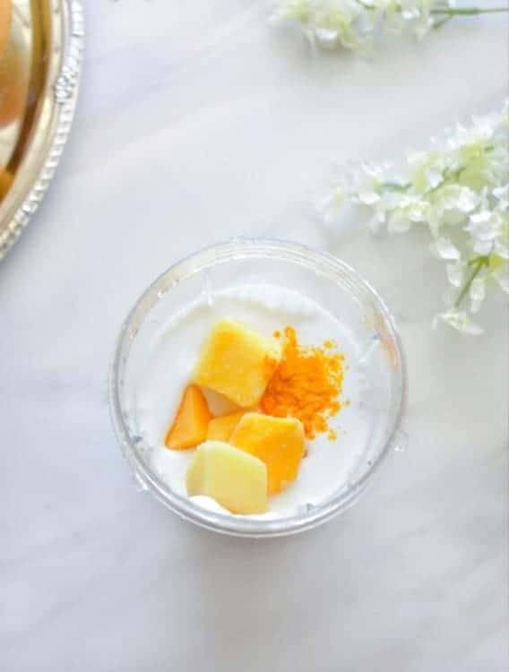 how to make Tropical Mango Coconut Smoothie