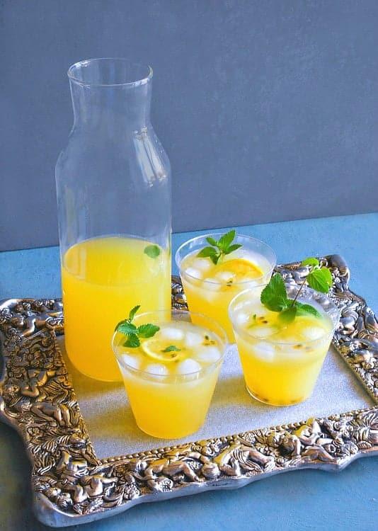 passionfruit-sangria-recipe1