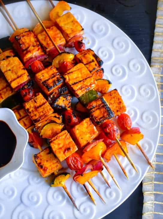 Sweet-Spicy Thai Basil Tofu Skewers: #thai #tofu #skewers #vegan #ad