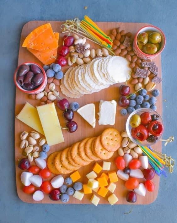 vegetarian-cheese-platter-idea