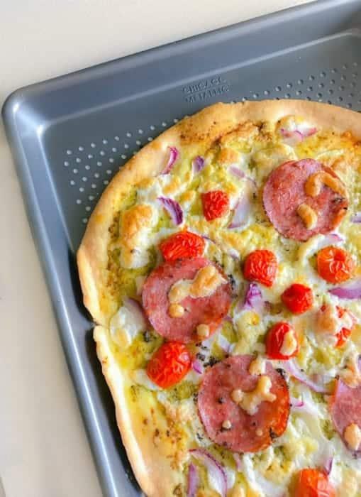 tomato-pesto-pizza-recipe