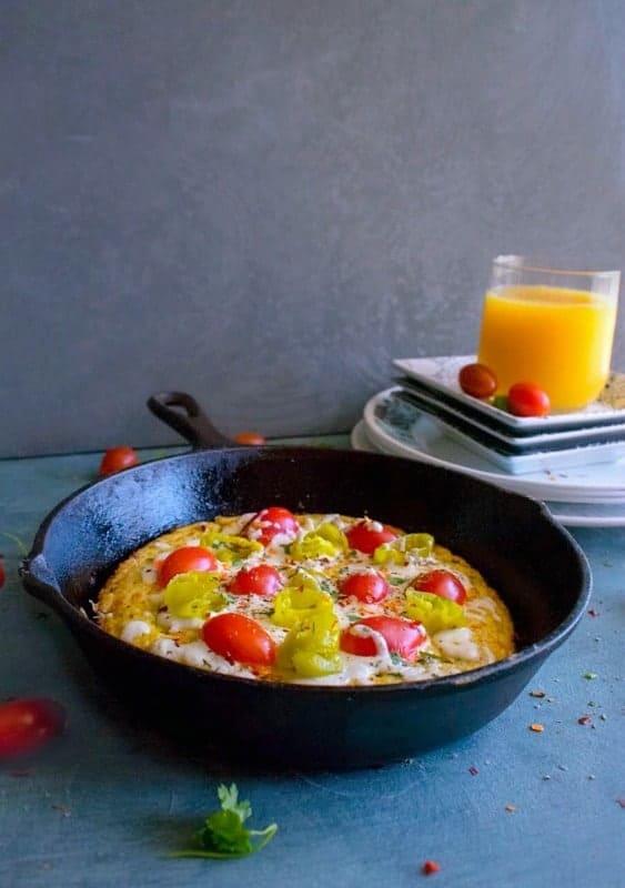 Vegetable Pizza Frittata #frittata #stovetopfrittata