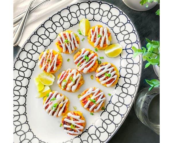 crab cakes mango salsa