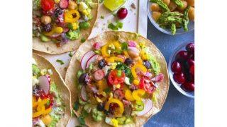 healthy-glutenfree-avocado-breakfast-tostada