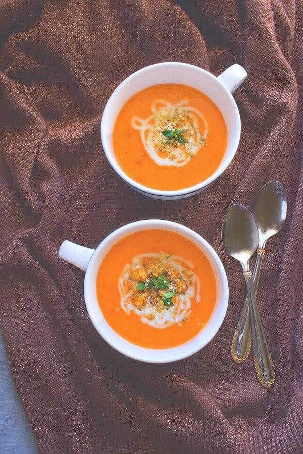 detox-turmeric-vegan-soup