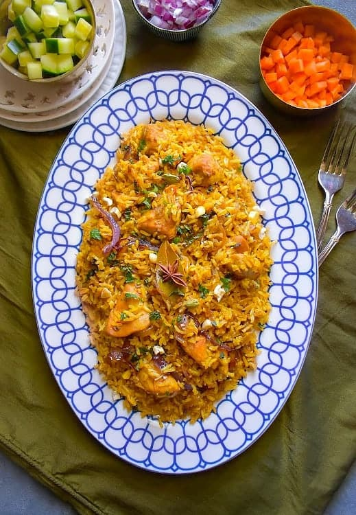 Quick lighter chicken biryani cooked in oil and yogurt using recipe easy chicken biryani brown rice forumfinder Image collections
