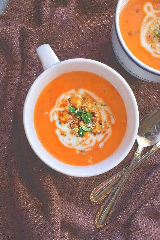 healing-tomato-carrot-turmeric-soup1