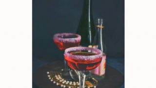 Skinny Rosewater Pomegranate Champagne Cocktail