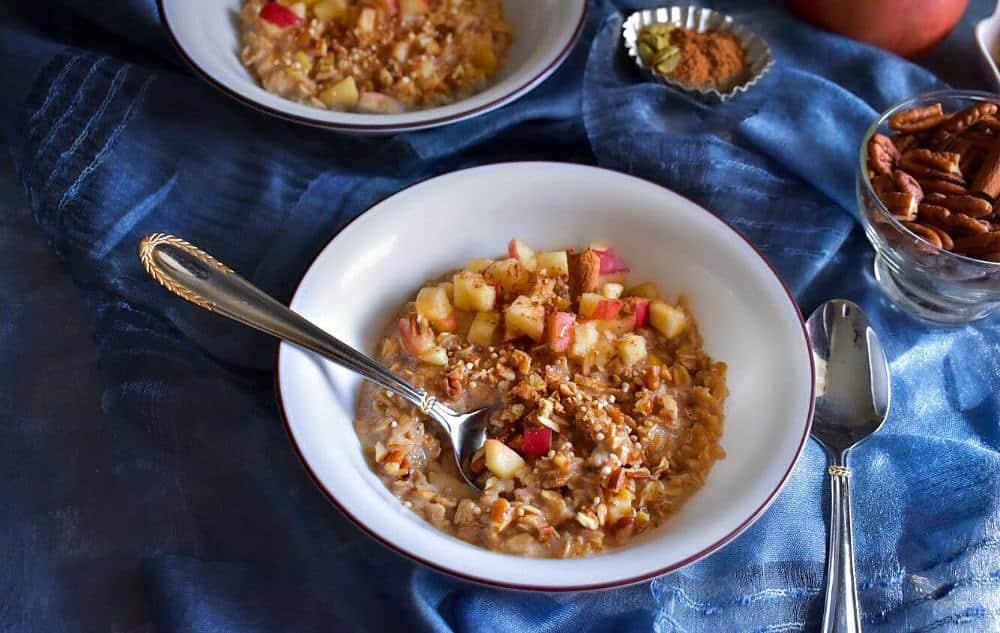 apple-pie-oatmeal-recipe