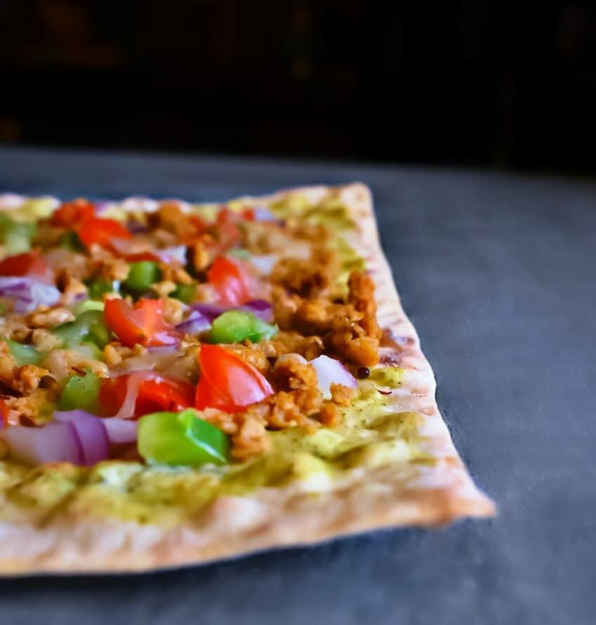 mediterranean-lamb-pizza-recipe