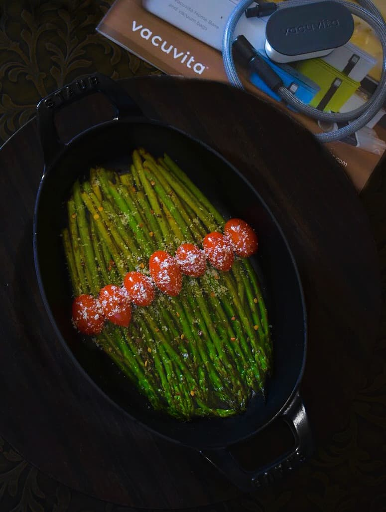 sauteed asparagus in spicy white wine sauce