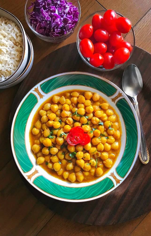 light-chickpea-curry