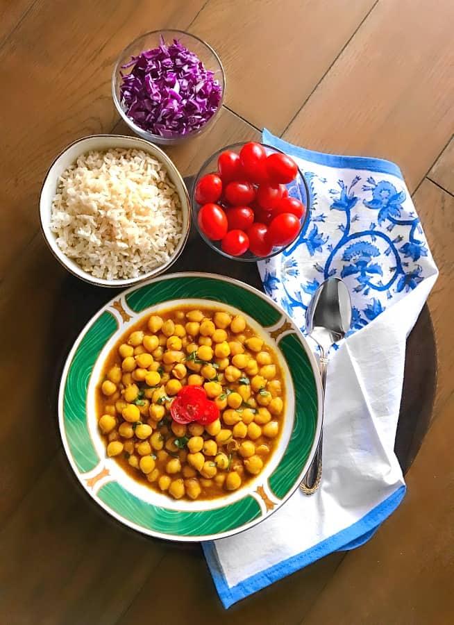 turmeric-chickpea-curry