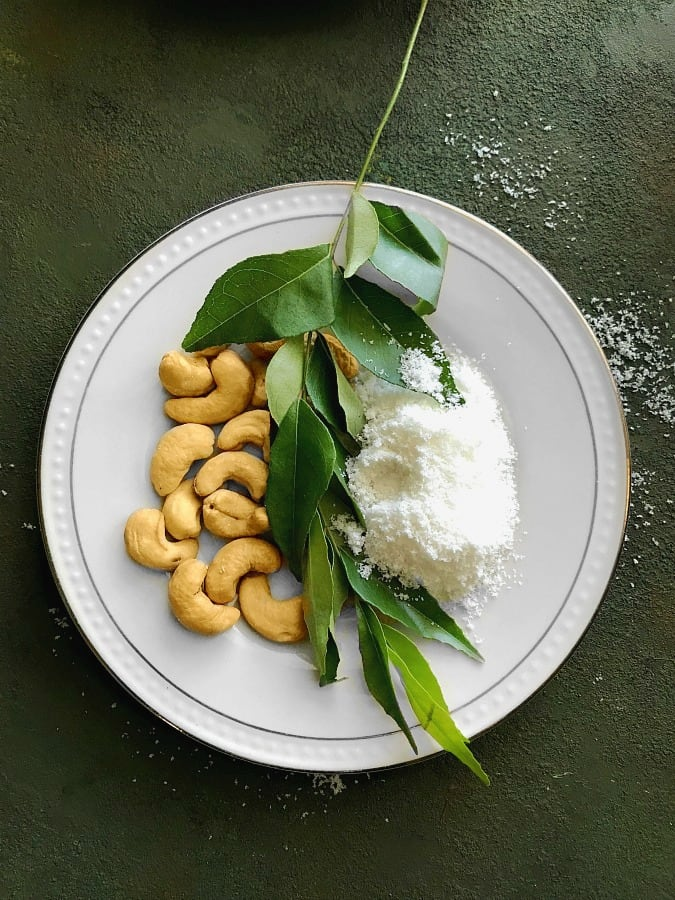 cashew coconut chutney recipe ingredients