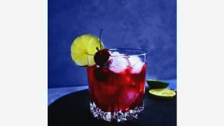 Quick Cherry Vodka Lemonade (Perfect Party Cocktail) #gameday