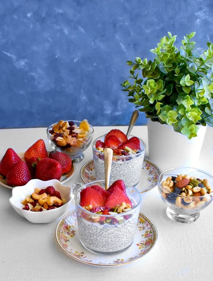 coconut-strawberry-chia-pudding