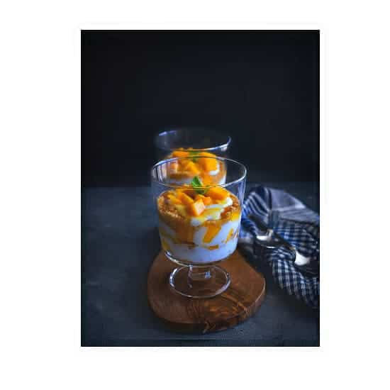 Mango Shortbread Parfait | How to make mango yogurt parfait