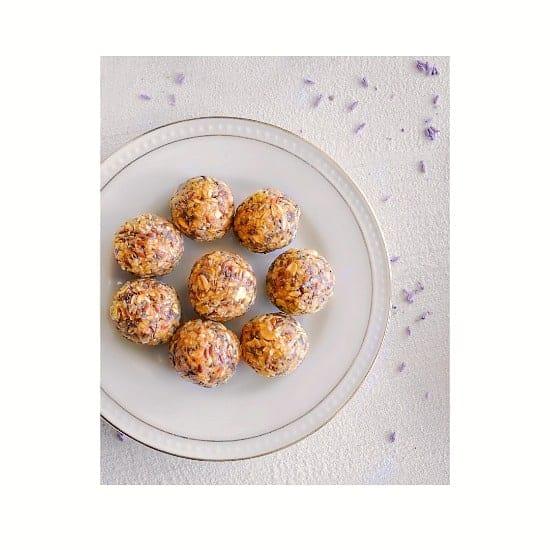 Cashew-Ginger Protein Energy Balls