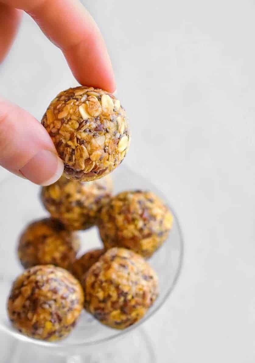 energy-balls-cashews
