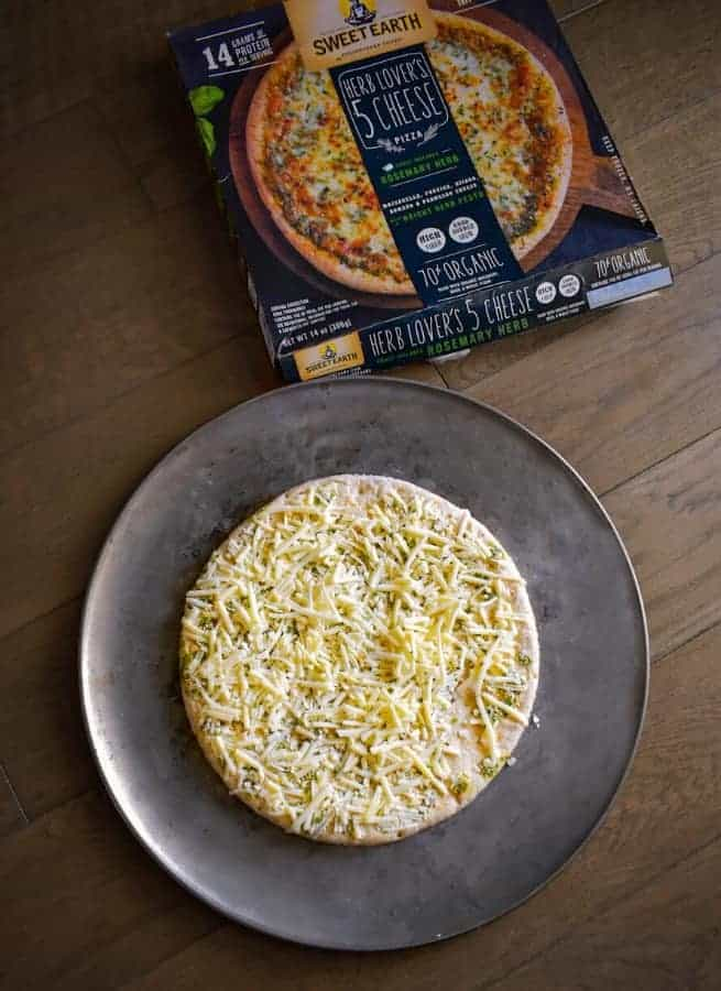 herb-lovers-5-cheese-pizza
