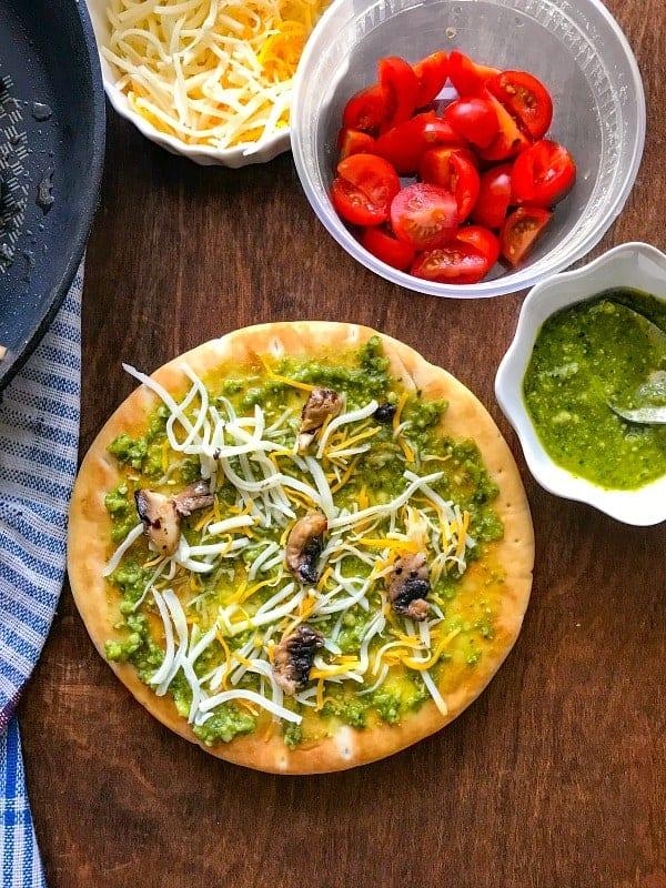 mushroom-tomato-pizza-recipe