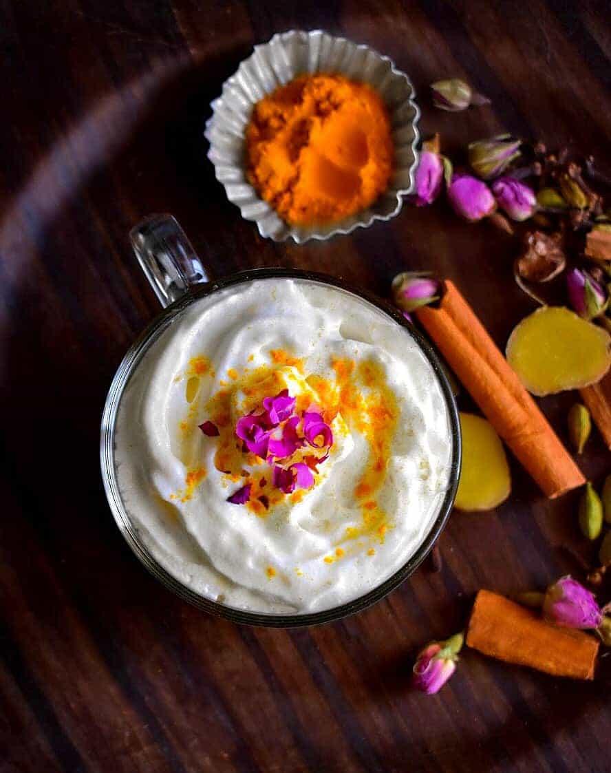 Turmeric Chai Tea Latte #turmericlatte #chailatte #turmerichai